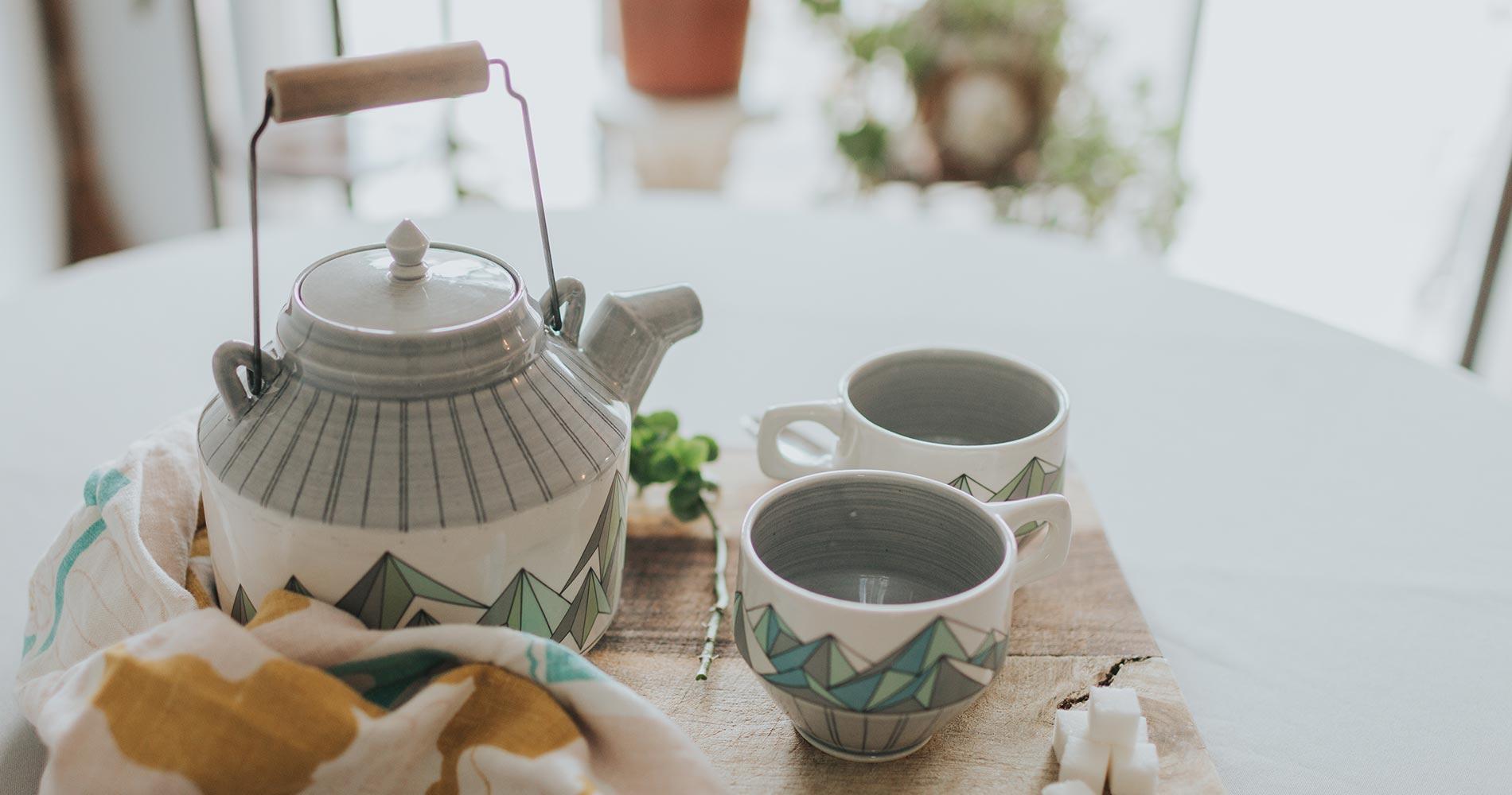 Teapot Ceramic Decal Mountains