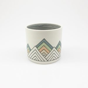 Low Poly Geometric Triangle Cup