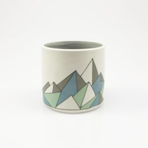 Low Poly Geometric Mountain Whiskey Cup